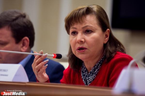 «Никаких вертолетов, обыкновенные грейдеры». Альшевских требует, чтобы Кулаченко раскрыла подробности финансовой поддержки Крыма