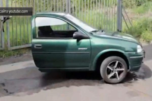Житель Берлина после развода распилил телевизор, iPhone и Opel Astra