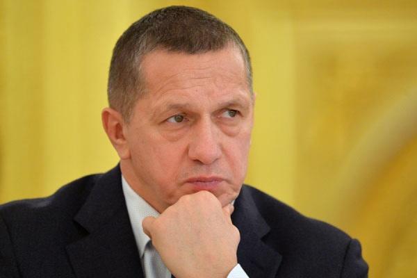 Представитель президента РФ в Дальневосточном федеральном округе в областном центре провёл совещание с местной властью
