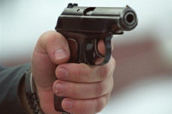 Неизвестные застрелили мужчину на Ленинском проспекте в Москве
