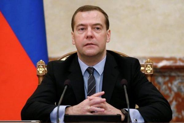 Медведев утвердил перечень товаров продлённого продуктового эмбарго