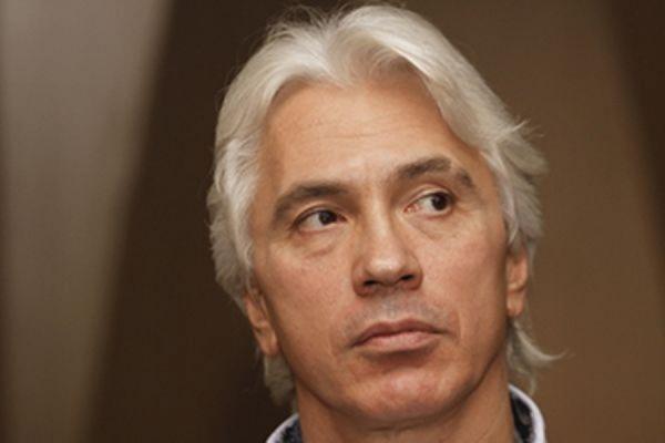 Дмитрий Хворостовский не будет лечиться у российских онкологов