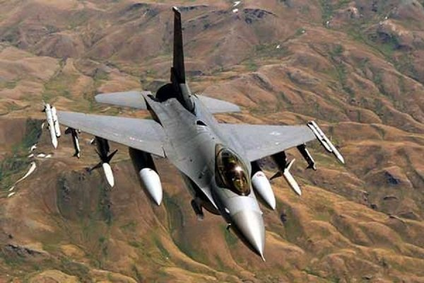 Разбившимся в штате Аризона истребителем F-16 управлял иракский генерал