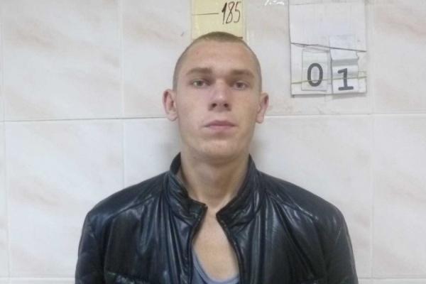 Юный рецидивист из Челябинска изувечил охранника стоянки в Екатеринбурге ради тысячи рублей