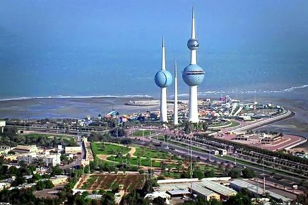 В столице Кувейта в мечети прогремел взрыв во время вечерней молитвы