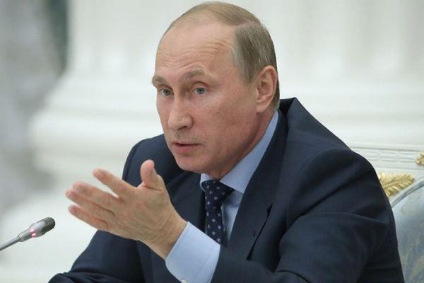 Российским губернаторам запретили избираться более двух сроков подряд