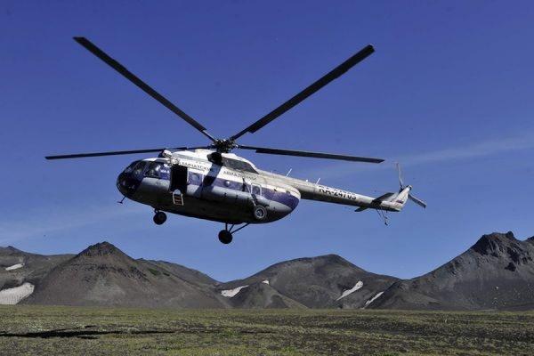 В ХМАО ведутся поиски вертолета Ми-8 с пятью людьми на борту
