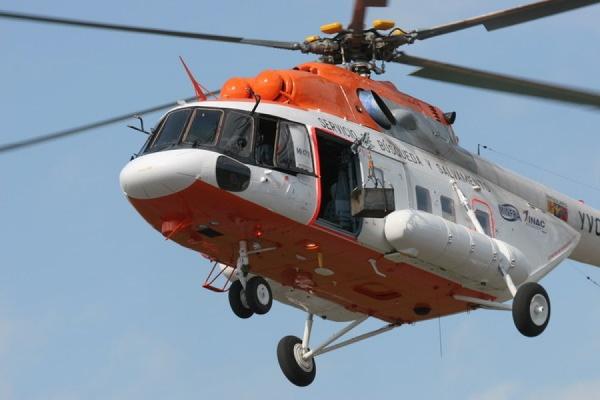 Три вертолета и почти 200 человек ведут поиск пропавшего Ми-8