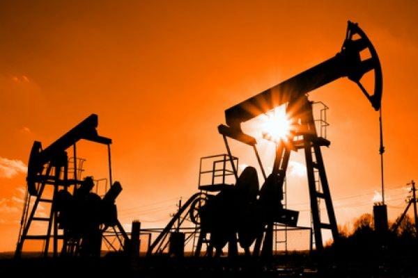Нефть упала ниже $60 за баррель