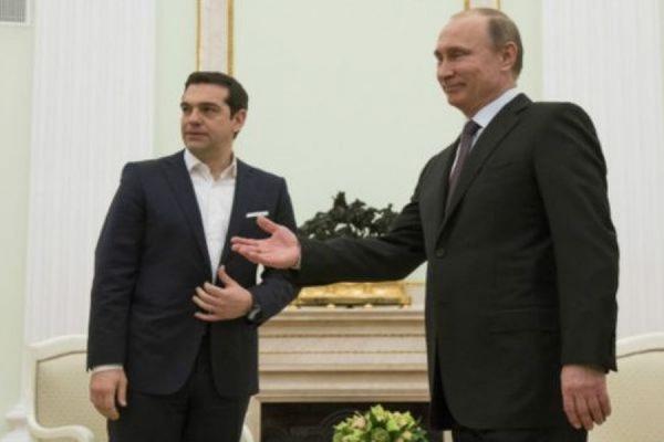 Путин и Ципрас по телефону обсудили итоги греческого референдума