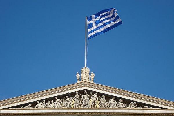 Власти Греции могут начать выпуск квазивалюты IOU