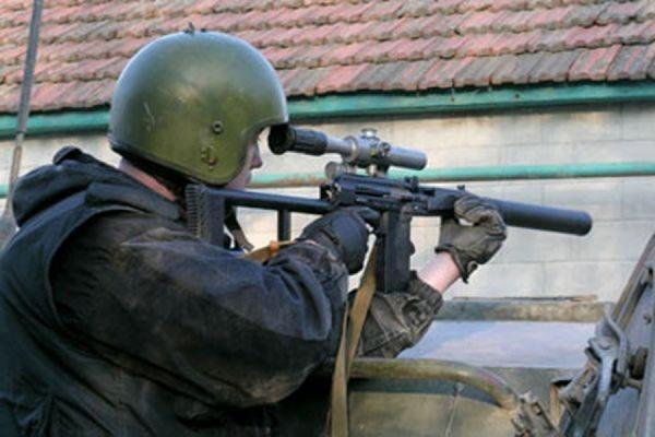 В Дагестане ликвидирован боевик, подложивший бомбу под дверь магазина
