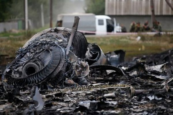 Малайзия требует создать Международный трибунал для расследования крушения рейса MH17