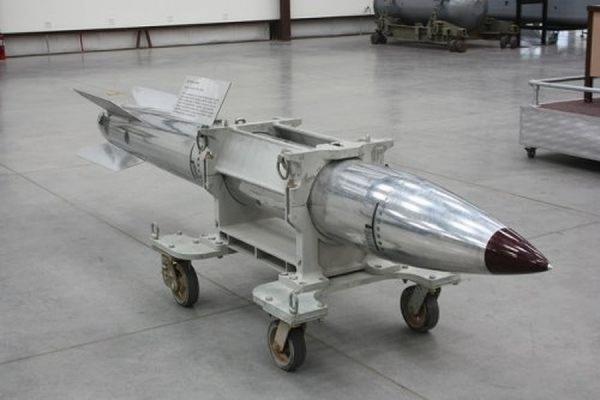 США провели испытания новой модификации ядерной бомбы B61, выпускаемой с 1960-х годов