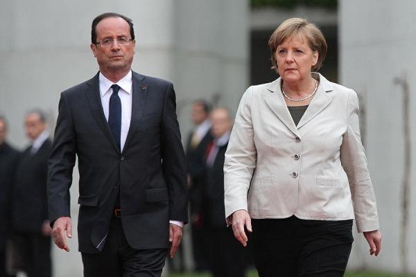Меркель, Олланд и Ципрас более двух часов обсуждают последние разногласия по помощи Греции