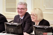 Александр Якоб утвердил нормативы на бесплатное школьное питание в новом учебном году