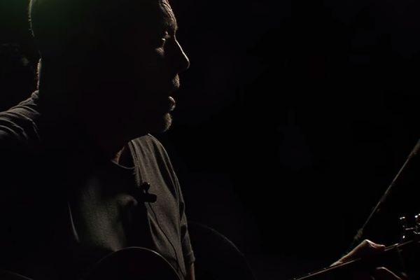 Андрей Макаревич в своей новой песне назвал «бывших братьев» глистами