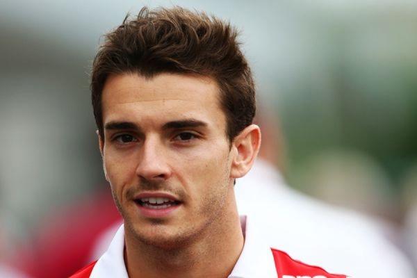 Бывший гонщик команды «Формулы-1» Marussia Жюль Бьянки умер в возрасте 25 лет