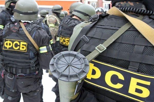 ФСБ пресекла поставку крупной партии оружия из ЕС и Украины в РФ