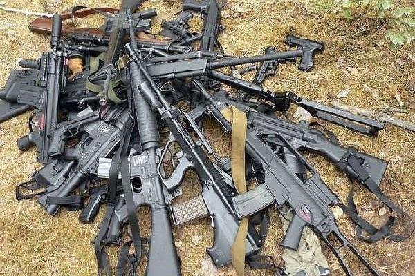 ФСБ пресекла канал поставок оружия из ЕС и Украины