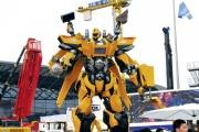 Десятиметровый робот-трансформер из Китая будет развлекать уральских строителей в следующем году