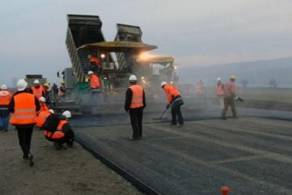 Вадим Потомский: «В Орловской области в 2015 году построено и отремонтировано дорог на 180 млн рублей»