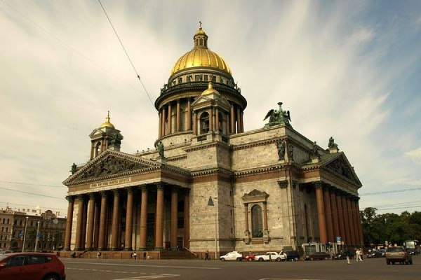 РПЦ просит отдать в её ведение Исаакиевский собор Санкт-Петербурга