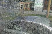В центре Екатеринбурга неизвестный обстрелял автобус из пневматики