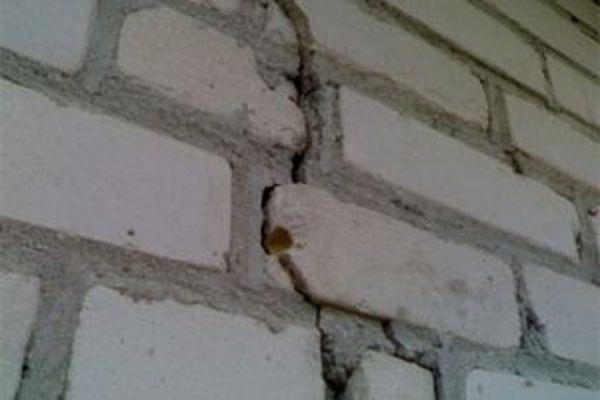 В Перми жителей 10-этажного жилого дома эвакуировали из-за угрозы обрушения