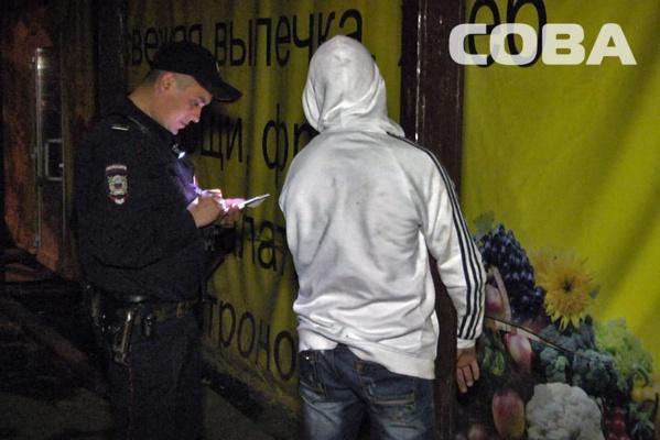 В Екатеринбурге неизвестный пытался ограбить магазин