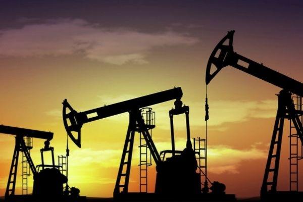 Мировые цены на нефть падают на фоне опасений переизбытка предложения на рынке