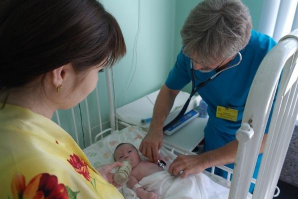 Свердловские хирурги провели уникальная операция младенцу