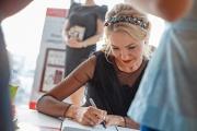 «Алгоритмы имиджа». Екатеринбургский стилист презентовала первую книгу со сводом правил для модниц