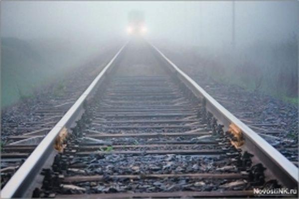 В Уфе товарный поезд наехал на спящего на путях мужчину