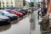 В Екатеринбурге улицу Малышева снова топят дожди