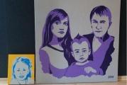 В Екатеринбурге проходит выставка картин, которые «никогда не вешают в рамке»