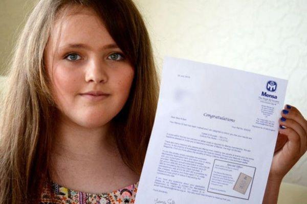 12-летняя британская школьница превзошла по уровню IQ Эйнштейна и Хокинга