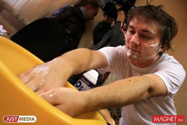 Жителям 19-го военного городка еще как минимум полторы недели придется мыться в тазиках