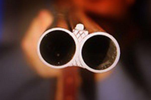 В Магаданской больнице врача-уролога застрелил его пациент
