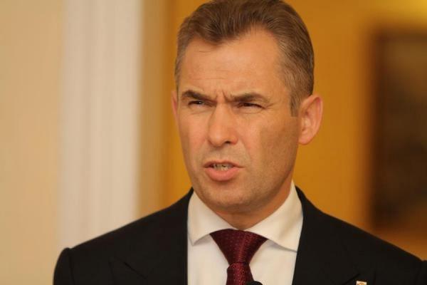 Сенаторы требуют проверить деятельность Павла Астахова