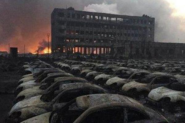 По меньшей мере 21 человек числится пропавшим после взрывов в Тяньцзине