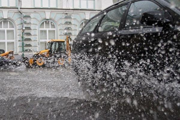 В столичном регионе ожидается резкое похолодание, грозы и град