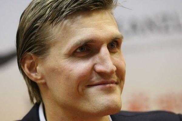 В Екатеринбург завтра приедет лучший российский баскетболист