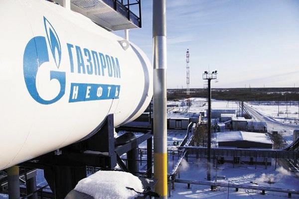 «Газпром нефть» ведет переговоры с индийскими компаниями о поставках нефти