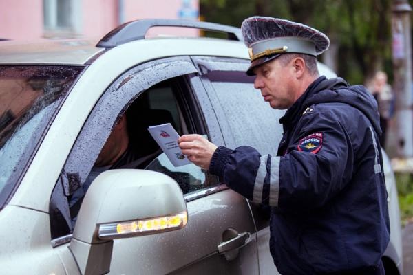 Не спать! ГИБДД объявила борьбу с усталостью водителей