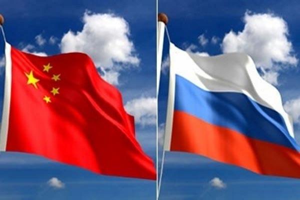 Корабли России и Китая приступили к высадке десанта