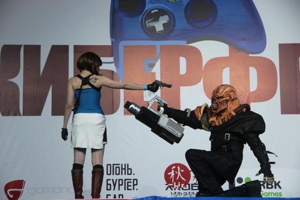 Сотни компьютерных персонажей и героев комиксов приехали в Екатеринбург