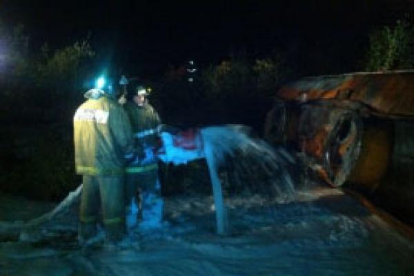 В Качканаре опрокинулся тягач с дизельным топливом