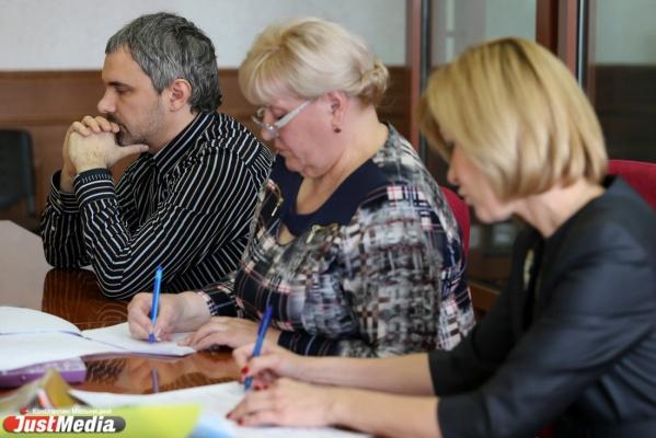 Лошагин просит рассмотреть его апелляционную жалобу в другом регионе