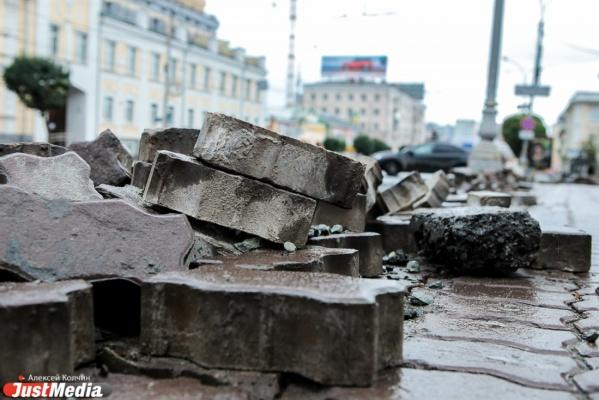 Липович велел дорожникам закончить все ремонты к 15 сентября
